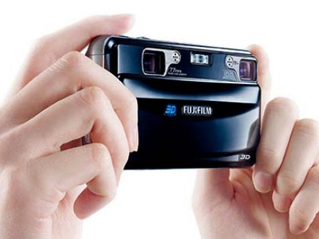FinePix REAL 3D W3 kamera. Argazkia: Fuji