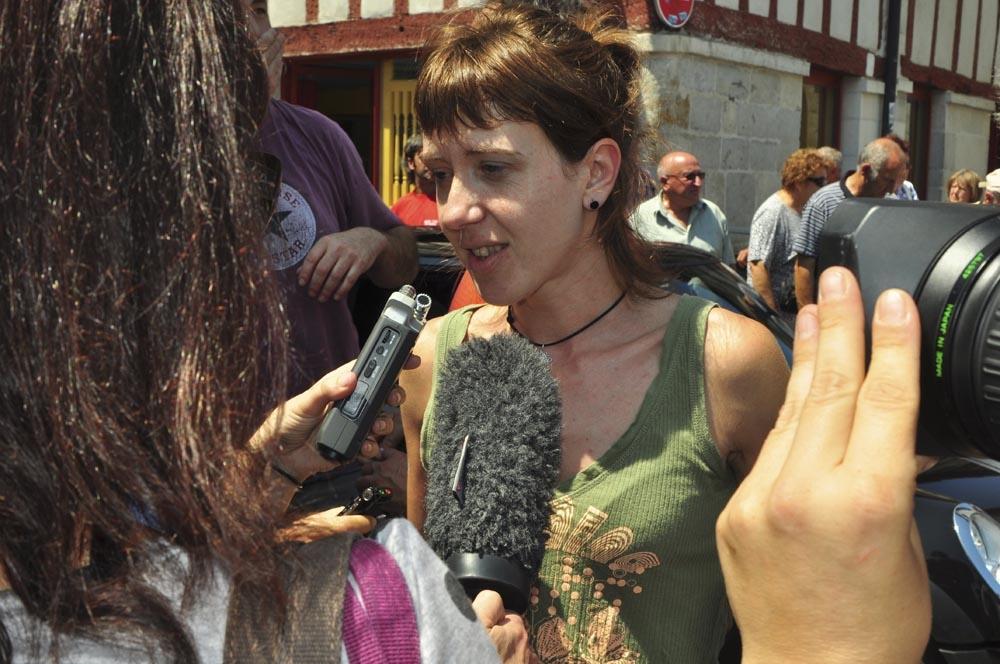 http://www.eitb.com/multimedia/images/2011/06/21/497778/497778_aurore_martin_atxiloketa_original_imagen.jpg