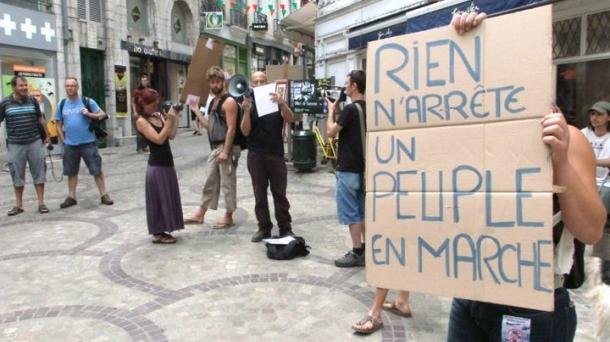 Les Indignés de Bayonne appellent à manifester ce samedi.