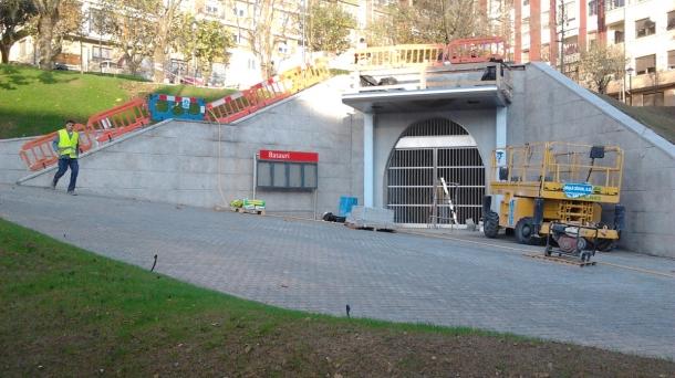 Estacion nueva de Basauri en obras.