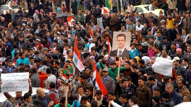 Bashar al Assaden aldekoen martxa.