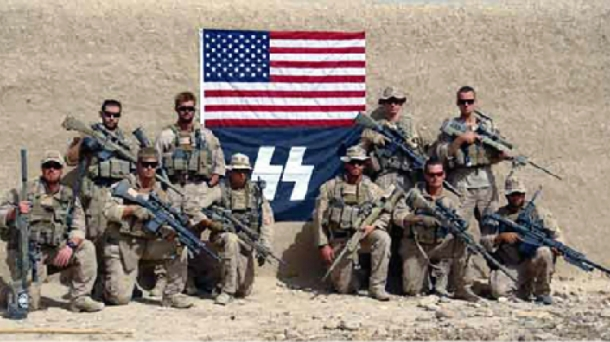 Los soldados implicados en la polémica niegan que se trate de una bandera nazi.