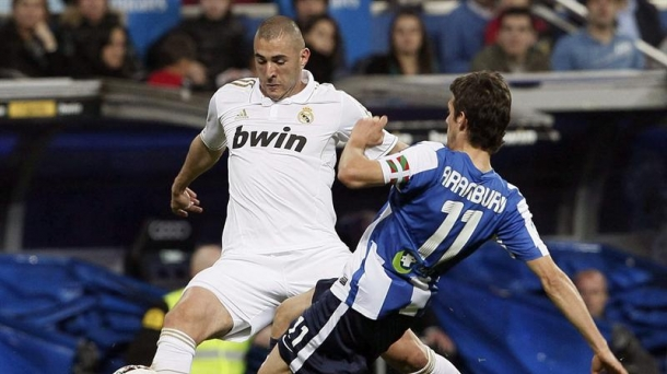 Benzema and Aranburu. Photo: EFE