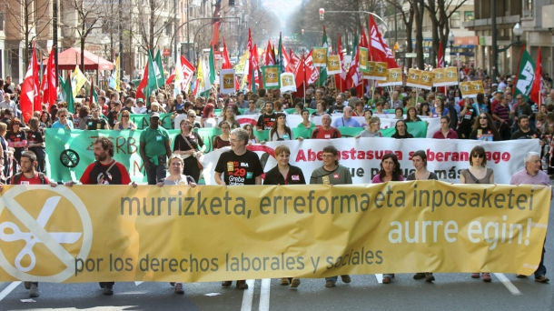 There were massive demonstrations in Bilbao, Donostia-San Sebastian, Vitoria-Gasteiz and Pamplona/Iruña. Photo: EFE