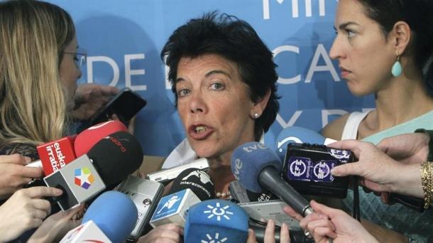Isabel Celaa, Hekuntza sailburua.