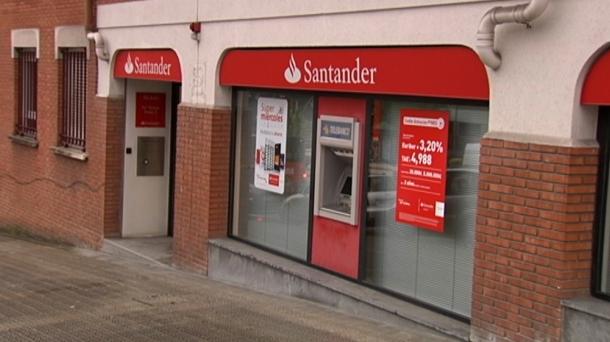 Atraco en bilbao banco santander enca ona a un for Banco santander bilbao oficinas