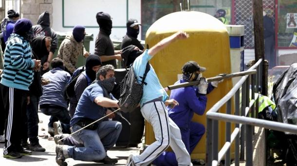Meatzarien protestek etengabeak dira kaleetan .