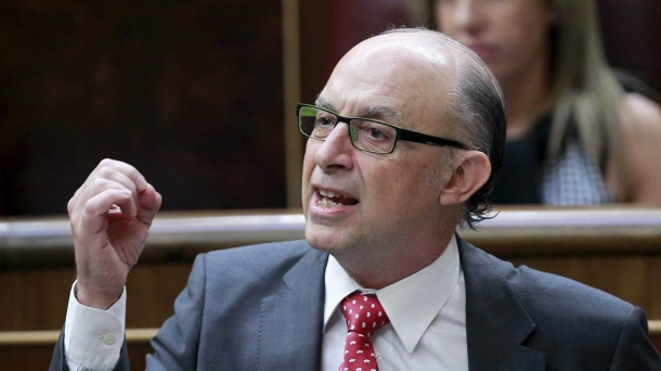 Treasury Minister Cristobal Montoro.