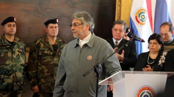 El presidente de Paraguay Fernando Lugo al finalizar su discurso.