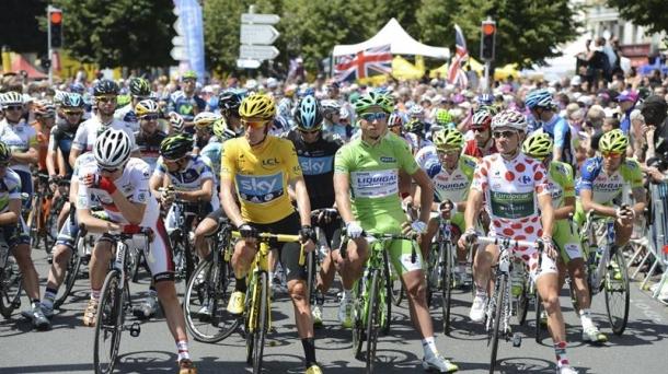 Los campeones del Tour 2012. Foto: EFE