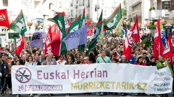 Manifestation contre les politiques d'austérité, lors de la grève générale du 26 septembre au Pays Basque.