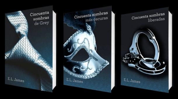 Los libro de la trilogía erótica de E. L. James, '50 sombras de Grey'.