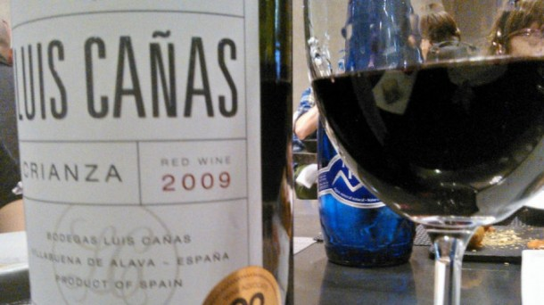 Wine Advocate magazine voted Luis Cañas Rioja Crianza 2009 as the best value red wine.