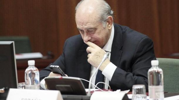 Jorge Fernandez Diaz Barne ministroa.