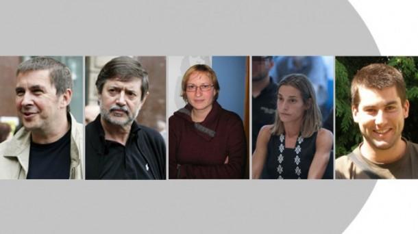 Arnaldo Otegi, Rafa Diez, Sonia Jacinto, Miren Zabaleta eta Arkaitz Rodriguez. Argazkia: EiTB