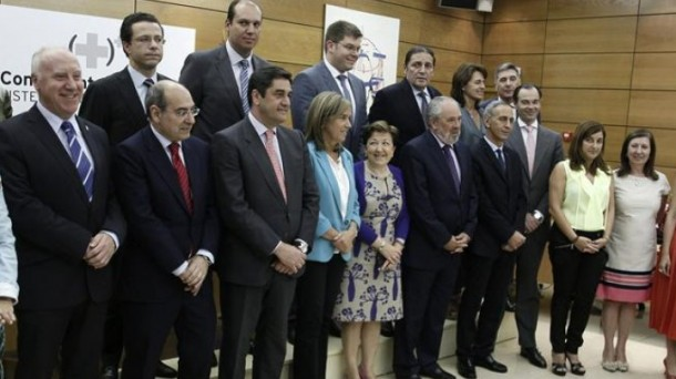 Foto de familia del Consejo Interterritorial de Salud. EFE