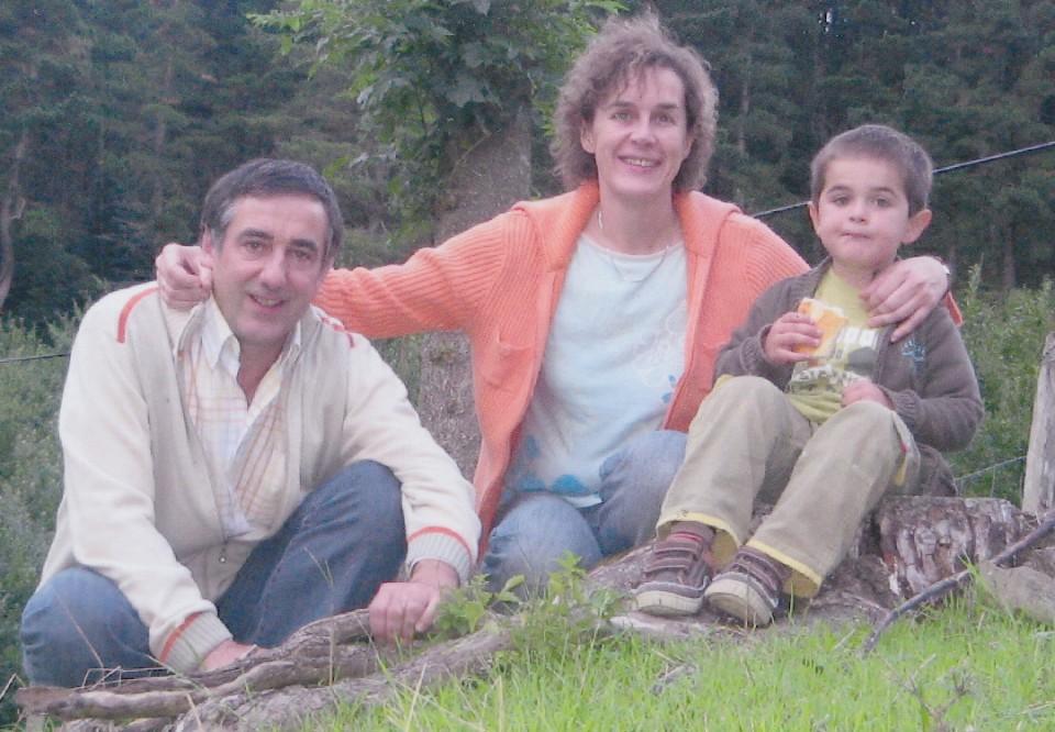 Anjel Mari, Jaione emaztea eta Jokin semea – Beizama, 2008