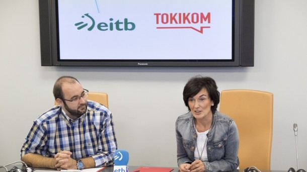 Maite Iturbe, directora general de EiTB, y Urko Aristi, presidente de Tokikom