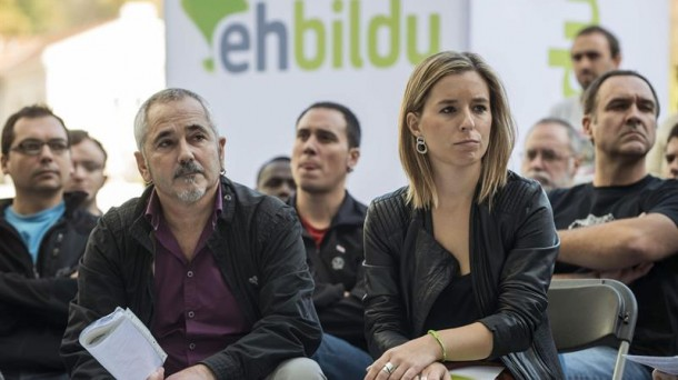 Josu Unanue y Aitziber Ibaibarriaga en el acto celebrado en Bilbao. Imagen: EFE