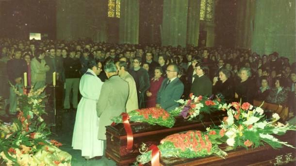 Martxoak 3 - 3 de marzo de 1976 - funeral
