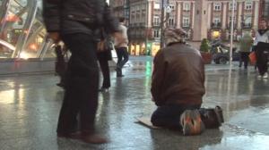 Al menos 285 personas duermen en la calle en Euskadi
