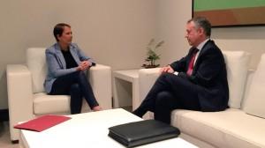Los gobiernos vasco y navarro renuevan su protocolo de colaboración