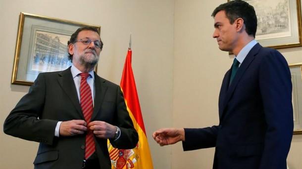 Mariano Rajoy negó la mano a Pedro Sánchez en el encuentro que ambos mantuvieron ayer. Foto: EFE