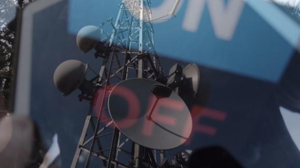 Técnicos de EiTB han apagado este jueves la señal de los repetidores navarros. EiTB