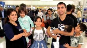 La CAV y Navarra acogerán a 32 refugiados durante los próximos días