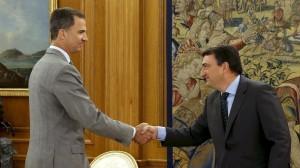 El rey cierra hoy su ronda de consultas y Rajoy continúa sin apoyos