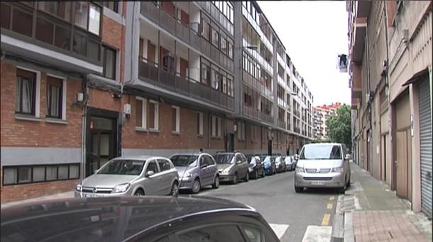 La calle donde ha ocurrido el suceso, en la villa bilbaína. Foto: EiTB
