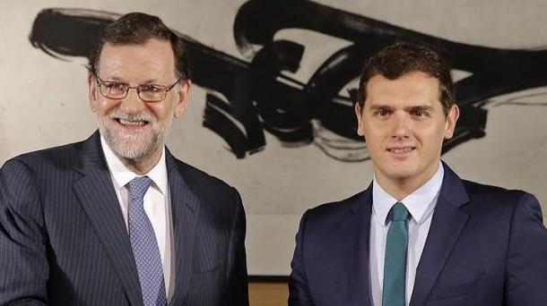 Mariano Rajoy y Albert Rivera durante la reunión de la ronda de negociaciones. Foto de archivo: EFE