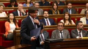 Puigdemont anuncia referéndum para 2017 'con o sin aval del Estado'