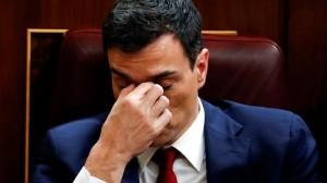 Los críticos del PSOE dimiten para forzar la caída de Sánchez