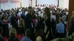 El PSOE acuerda abstenerse en la investidura de Rajoy