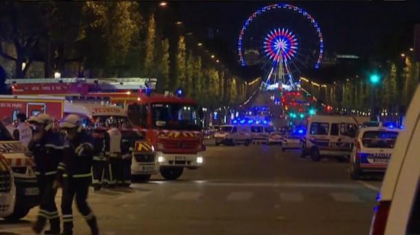 Tiroketa Parisen. Argazkia: Reuters